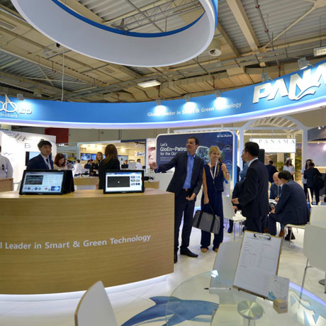 Αποτέλεσμα εικόνας για Shipping lags behind in new tech adoption, but change is inevitable Posidonia 2018 experts agree